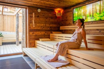 waldsauna-wellness-laerchenhof
